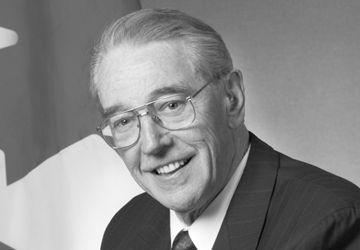 Jean-Robert Gauthier, membre du Sénat de 1994 à 2004