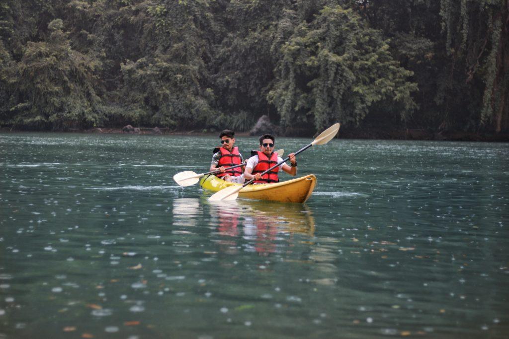 Kayak est un exemple de palindrome en français