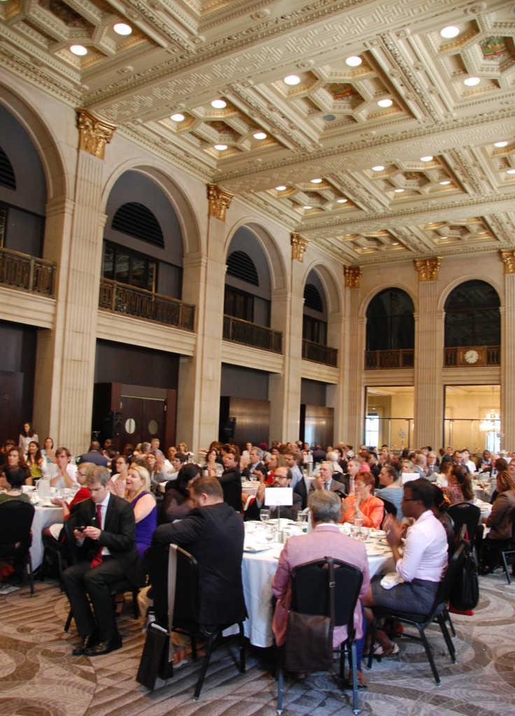 Le déjeuner du Club canadien du 22 septembre au One King West.