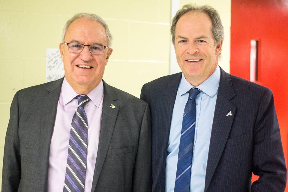 L'ancien et le nouveau président: Denis Vaillancourt et Carol Jolin. (Photo: Patrick Imbeau)