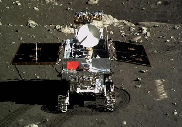 Le premier véhicule lunaire chinois, photographié par l'alunisseur de la mission Chang'e 3's en décembre 2013. (Photo: Xinhua)