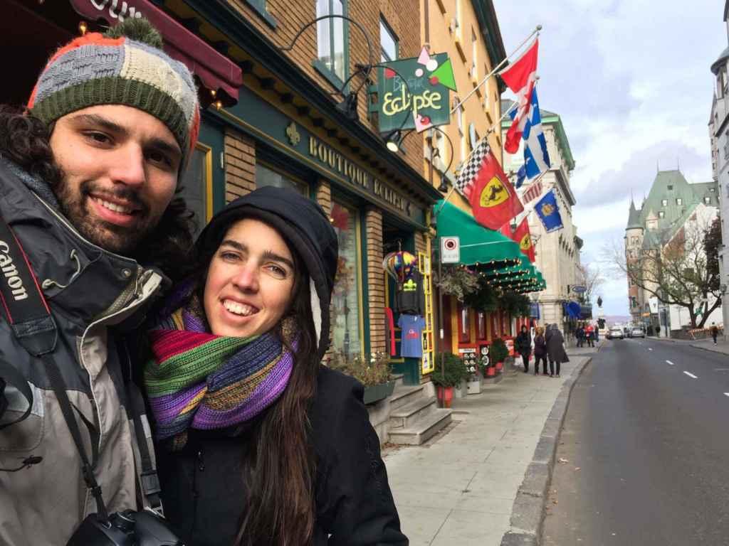 Nico et Lola dans le Vieux-Québec en novembre 2016. (Photo: page Facebook Kombipa'l Norte)