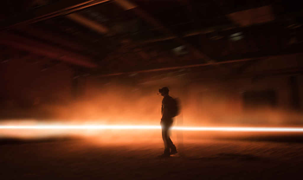 Une scène de Carne y Arena, une installation en réalité virtuelle du cinéaste mexicain Alejandro Gonzales Inarritu. (Photo: Emmanuel Lubezki)