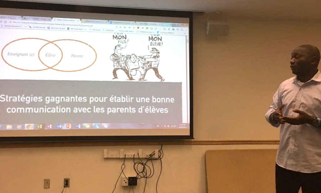 Une présentation sur les stratégies de communications enseignants-parents-élèves lors de la soirée du 22 août à Etobicoke.