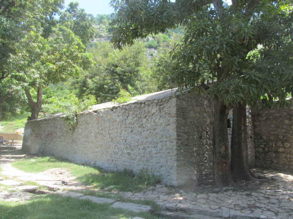 La poudrière du fort Culbuté, lieu de cérémonies vaudoue.