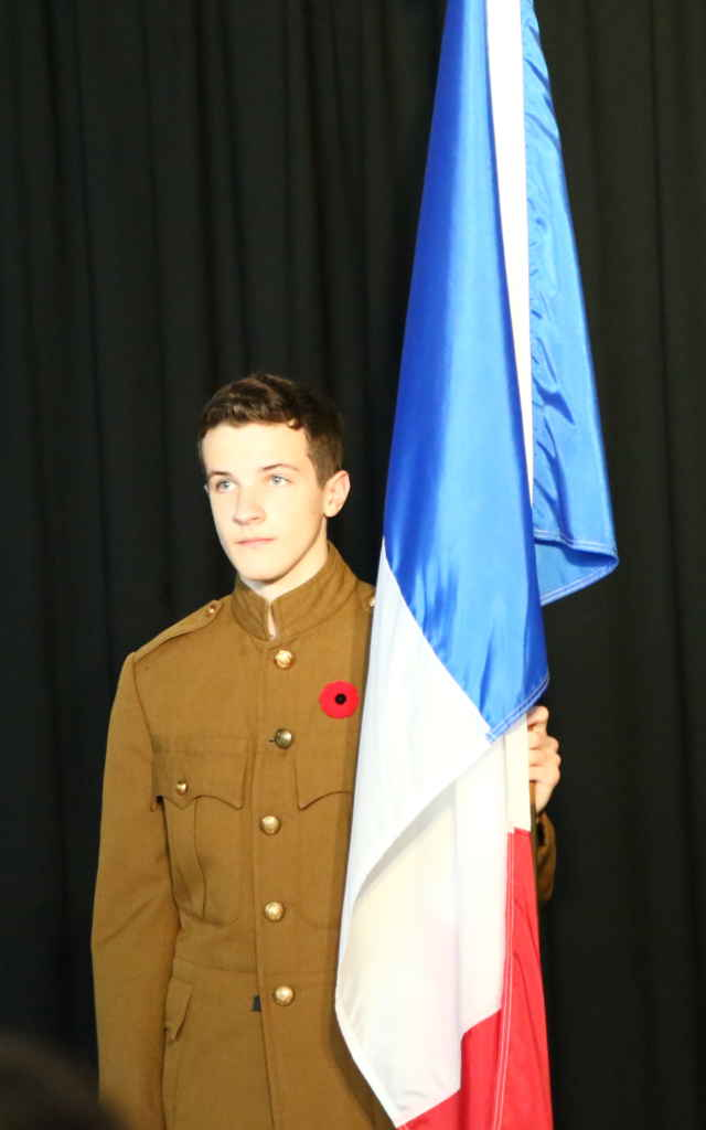 Un élève en uniforme canadien de 1914-18.