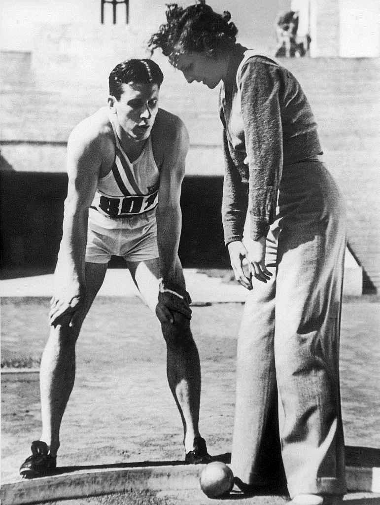 Les jeux d'hitler/Glenn_Morris_and_Leni_Riefenstahl_1936