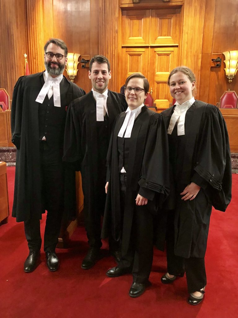 Les avocats de Bessette: Casey Leggett, Darius Bossé, Jennifer Klinck et Sara Scott.