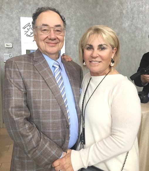 Le 15 décembre 2017, Barry Sherman et son épouse, Honey Sherman, ont été assassinés dans leur maison de Toronto. Jusqu'ici, ces crimes n'ont pas encore été élucidés.
