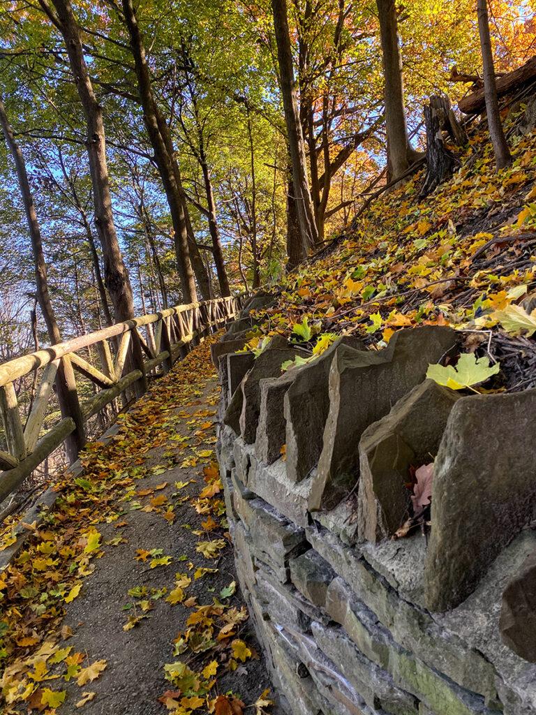 James Gardens complement to #torontourbanstrolls #32 in Toronto Best Urban Strolls by Nathalie Prezeau