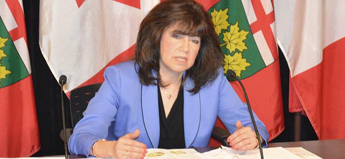 La vérificatrice générale de l'Ontario, Bonnie Lysyk.