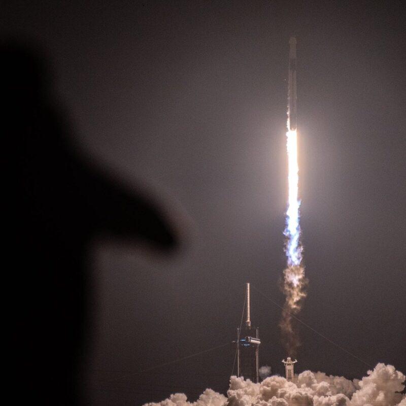 SpaceX fusée décollage espace