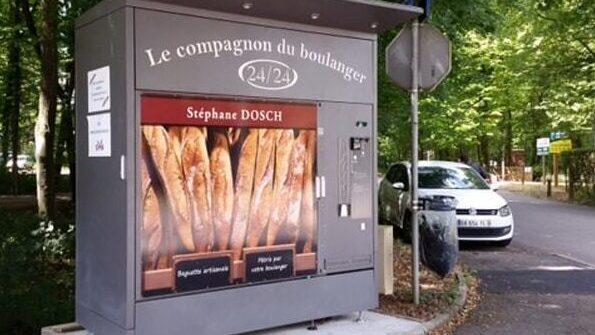 inventions Machine distributrice de pain en France.