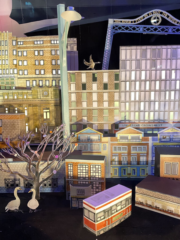 8 Dundas and Carlaw Holiday Corner #torontourbangems by Nathalie Prezeau