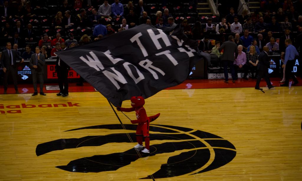 Toronto Raptors We The North drapeau