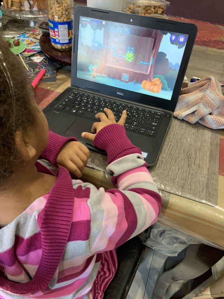 école virtuelle éducation élève