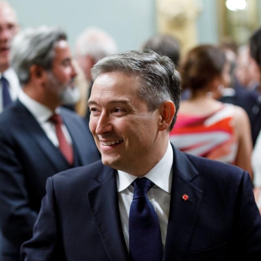 remaniement ministériel ministre de l'Innovation, des Sciences et de l'Industrie
