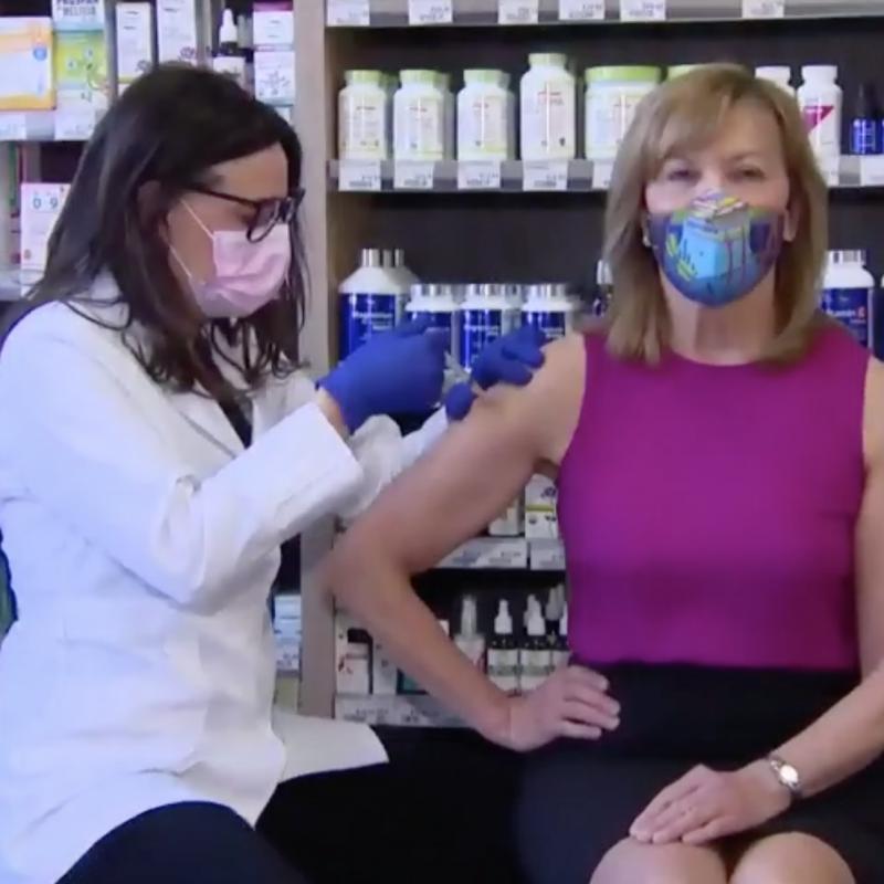 Christine Elliott vaccin covid