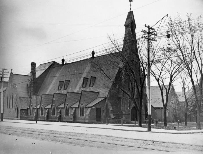 Conversions de lieux de culte présenté par la SHT