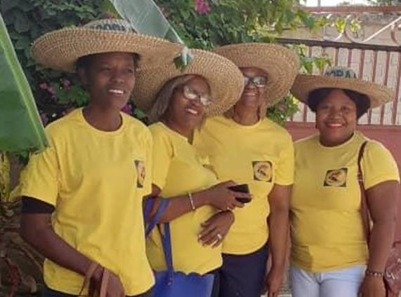 Membres de la COOPAAFA participant à une journée agrotouristique, Port-au-Prince.