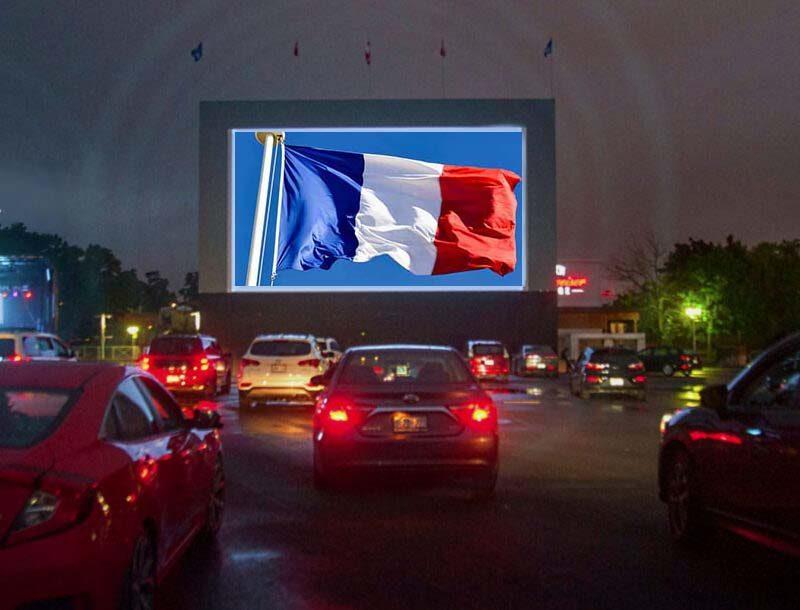 drivein-drapeau-ciné-parc-14 juillet