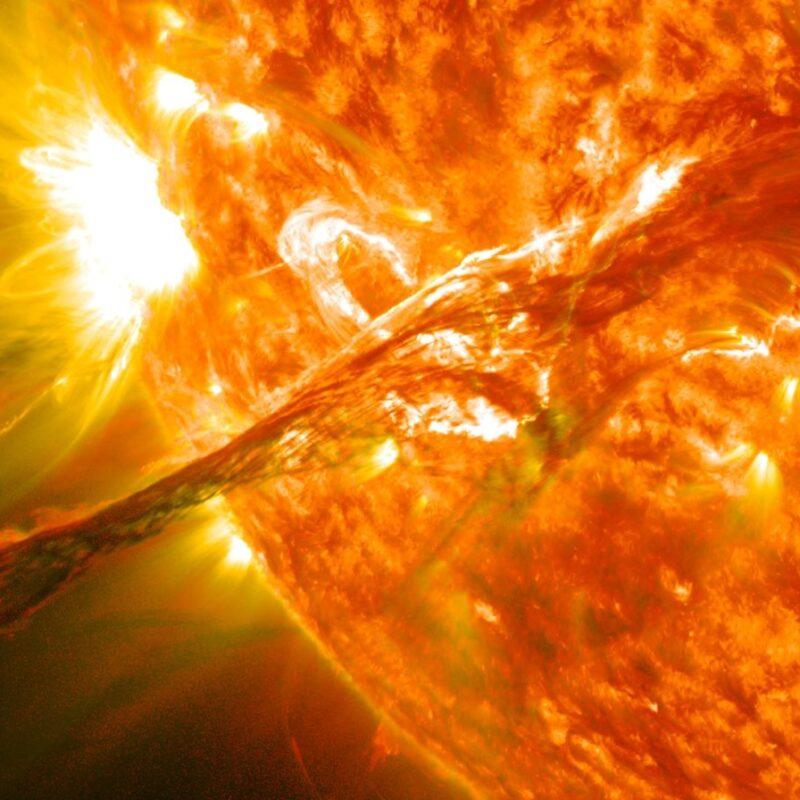 soleil, tempête solaire